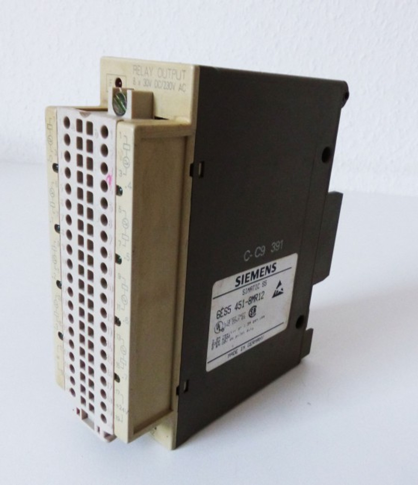 Siemens Simatic S5 6ES5451-8MR12 6ES5 451-8MR12 + Connector E-Stand: 02 -used-